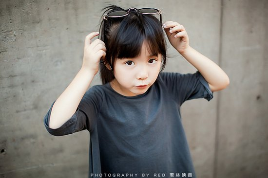 可爱图片:五岁半的小甜心