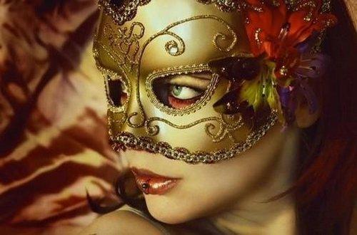 唯美图片:面具美人