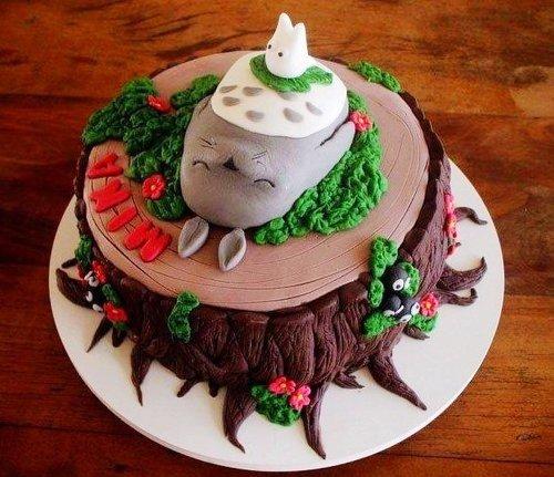 美食图片:可爱的龙猫蛋糕